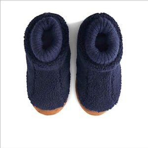 Land's End toddler size 10 sherpa fleece slippers